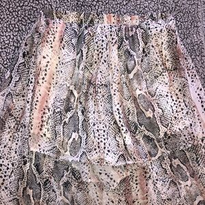 boutique high-low snakeskin shorts
